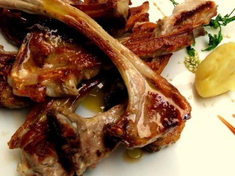 Chuletillas de Lechazo (Fuente:  Restaurante Don Jamón)